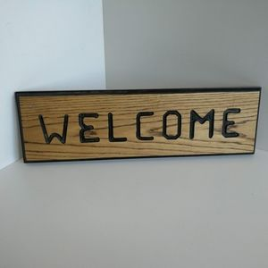 """Handcrafted Oak """"Welcome"""" Sign"""